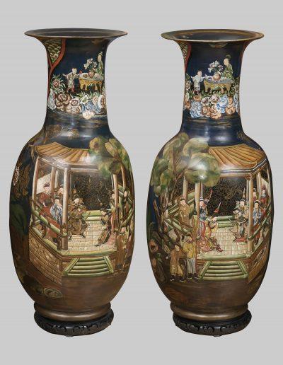 Coppia di vasi in terracotta
